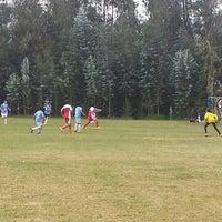 Photo taken at Campo Deportivo Manuel Vivanco Zenteno by Arturo V. on 4/19/2015