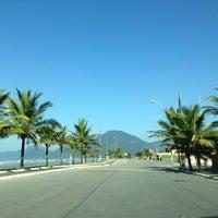 Foto tirada no(a) Praia do Arpoador por Joyce T. em 6/10/2013