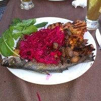 7/7/2013 tarihinde Serdar A. G.ziyaretçi tarafından Q Premium Restaurant'de çekilen fotoğraf