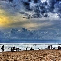 Снимок сделан в Padang-Padang Beach пользователем Manu A. 6/10/2013