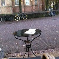 Photo taken at Het Huis Met De Pilaren by Victor W. on 11/8/2013