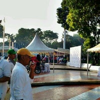 Photo taken at Tugu Proklamasi (Proclamation Monument) by Awal W. on 12/8/2012