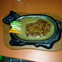 Photo taken at Steak Woow by Ary C. on 4/17/2013