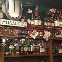 Снимок сделан в Mollie's Irish Pub пользователем Alexander A. 6/1/2013