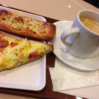 Photo taken at St. Marc Café by もっつ×もっつ on 2/1/2013