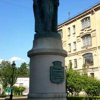 Photo taken at Памятник Иоанису Каподистрия by Антонио К. on 6/16/2017