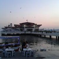 Photo prise au Büyükçekmece Sahili par Engin H. le6/27/2013