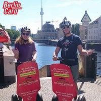 Das Foto wurde bei 'Berlins Best' SEGWAY Touren von Tourguide B. am 8/8/2017 aufgenommen