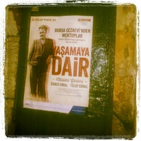 9/28/2013 tarihinde Selda K.ziyaretçi tarafından Dostlar Tiyatrosu'de çekilen fotoğraf