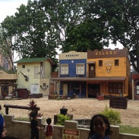 Photo taken at Wild Wild West @ Safari A'Famosa by Yzee Y. on 3/15/2015