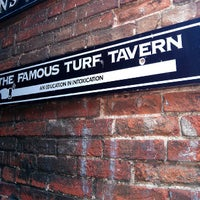 Photo taken at The Turf Tavern by Roser B. on 7/4/2013