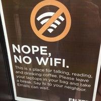 Das Foto wurde bei Filter Coffeehouse & Espresso Bar von suzanne d. am 4/29/2013 aufgenommen