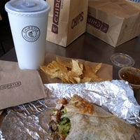 Photo taken at Chipotle Mexican Grill by Eric T. on 8/11/2013