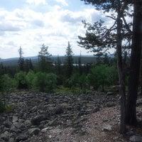 Photo taken at Ylläs maisematien näköalapaikka by Henna J. on 6/7/2013