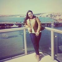 Photo taken at Istanbul Eminonu Balik Ekmek by Almira I. on 3/30/2014