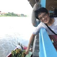 Photo taken at Pae Pin Thong by Tam J. on 11/27/2016