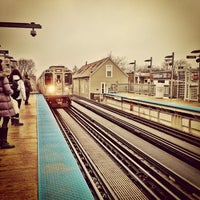 Photo taken at CTA - Southport by TURBORICUA on 1/28/2013