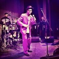 Das Foto wurde bei Old Town School of Folk Music von TURBORICUA am 12/13/2012 aufgenommen