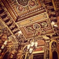 Das Foto wurde bei Oriental Theatre von TURBORICUA am 6/12/2013 aufgenommen