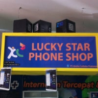 Photo taken at Lucky Star Phone Shop - Plaza Handphone - Palembang Square Mall by Bobby H. on 5/1/2013