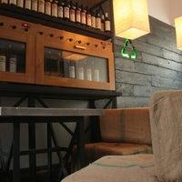 Снимок сделан в Organique Josper Bar пользователем Sasha F. 12/12/2012