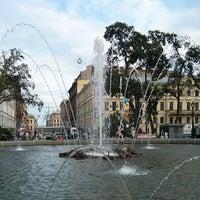 Снимок сделан в Александровский сад пользователем Thanks F. 6/23/2013
