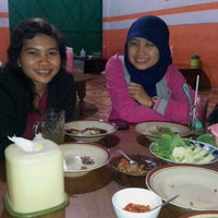 Photo taken at Warung Makan Lesehan Bu Parti by Bagus U. on 7/26/2013