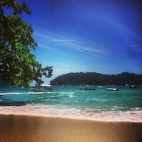 Photo taken at Pangkor Bay View Beach Resort by Marwan Alrahbi on 6/19/2013