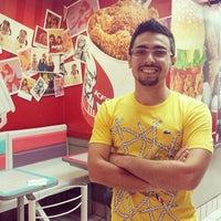 Photo taken at KFC by Icaro G. on 1/23/2014