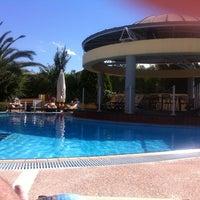 Photo taken at Ambassador Hotel Thessaloniki by Thodoris S. on 5/25/2013