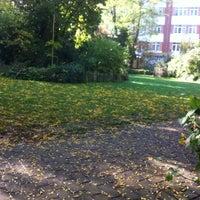 10/9/2012 tarihinde Alex L.ziyaretçi tarafından Parc Tenboschpark'de çekilen fotoğraf