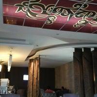 Photo taken at Premier Lounge Bandara Sepinggan by Ecy M. on 2/26/2014