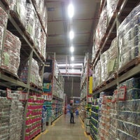 Photo taken at MAKRO COMAS by Vanessa M. on 6/24/2013