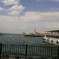 Photo taken at Eminönü - Karaköy Motor İskelesi by Selda A. on 5/24/2013