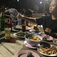 Photo taken at ร้านอาหารหาดแสนสำราญ by HIN SPEED H. on 4/24/2018