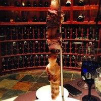 Foto scattata a Perry's Steakhouse da Aaron S. il 5/14/2013
