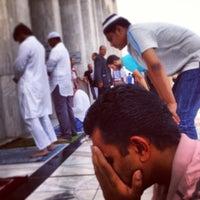 Photo taken at جامع أبي بكر الصديق by Mohsin A. on 4/5/2013