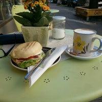 9/5/2013에 Micha E.님이 Café Jule에서 찍은 사진