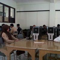 Photo taken at Workshop RPL by kurniawan d. on 5/31/2013
