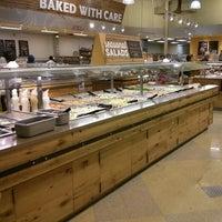 Foto tirada no(a) Whole Foods Market por John B. em 8/25/2013