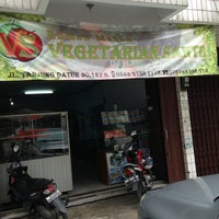 Photo taken at RM Vegetarian SANTRI by IG S. on 6/30/2013
