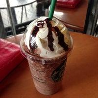 Photo taken at Starbucks by yuki n. on 8/30/2013