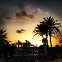 Foto tomada en Destino Pacha Ibiza Resort por Sean R. el 8/2/2013
