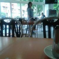 Foto tomada en Roma Café por Fanny el 7/2/2013
