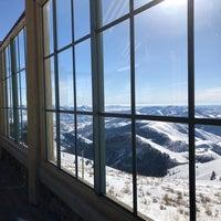 Photo taken at Seattle Ridge Day Lodge by Hannah C. on 1/14/2018