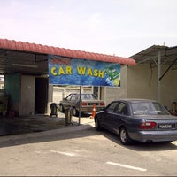 Photo taken at Sempoi car wash by Aditakesa on 7/27/2013