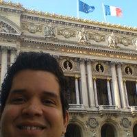 Photo prise au Opera Gallery par Ney L. le8/16/2014