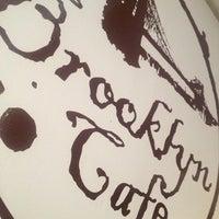 9/11/2013 tarihinde Essi S.ziyaretçi tarafından Brooklyn Cafe'de çekilen fotoğraf