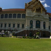 Photo prise au Dusit Maha Prasat Throne Hall par syü ☆. le3/18/2018