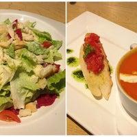 Photo taken at MUNCHIES Restaurant & Bar by monicanastasia on 11/13/2015